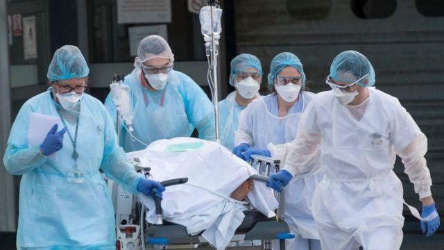 OMS informó que los casos semanales de COVID-19 en el mundo bajaron un 11 por ciento.