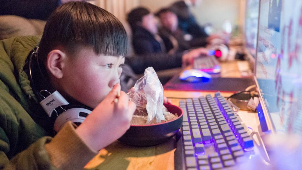CHINA LE QUITA LOS VIDEOJUEGOS A LOS NIÑOS