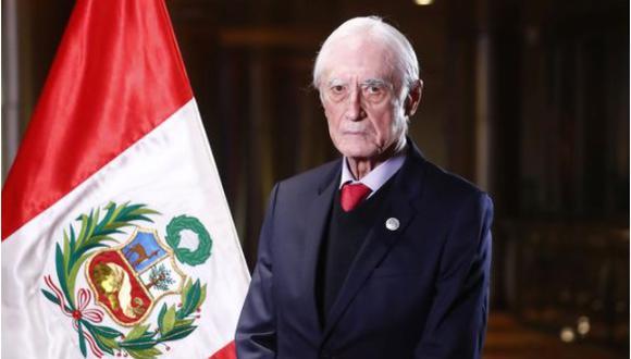 HÉCTOR BEJAR: «El terrorismo en el Perú lo inició la Marina, y eso se puede demostrar históricamente, y han sido entrenados para eso por la CIA»