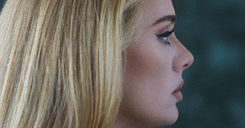 """Adele regresa con """"Easy On Me"""" (VIDEO)"""